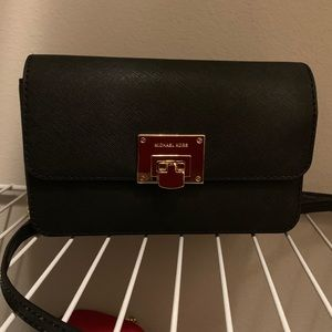 NWT Michael Kors Tina Crossbody/Continental Wallet